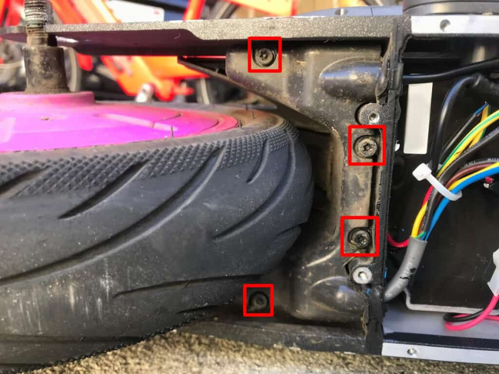 4 security screws holding in the wire guard.